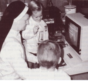 2with_children_computer